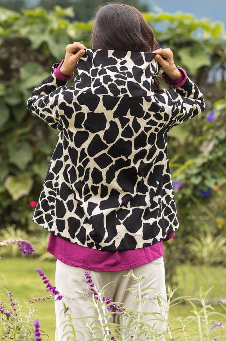 Zsiráfmintás kabátka