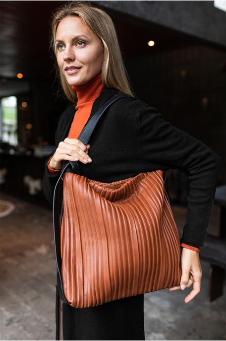Bordázott táska