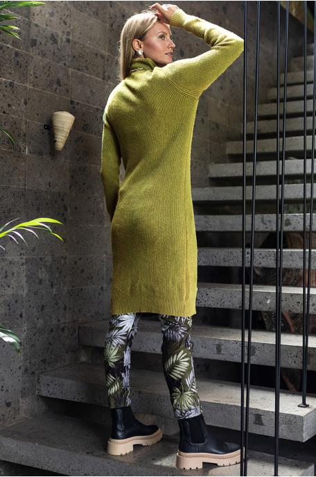 Bordázott kötött ruha