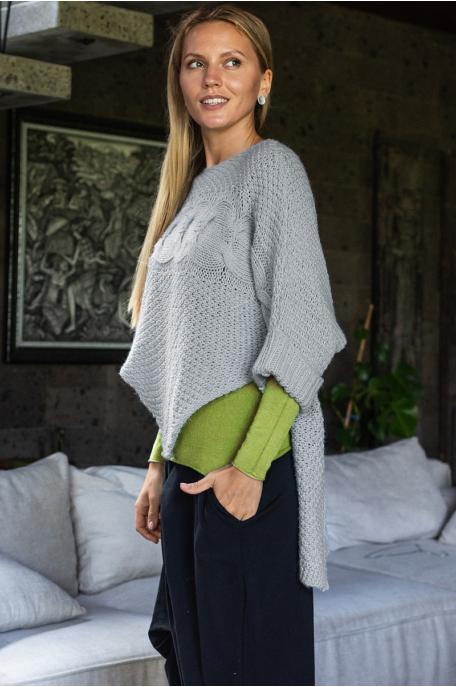 Csavart mintás kötött pulóver