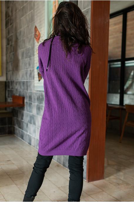Csavart mintás kötött ruha