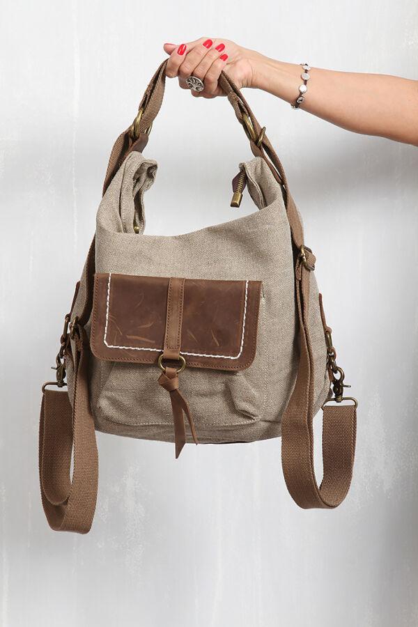 Háton is viselhető táska
